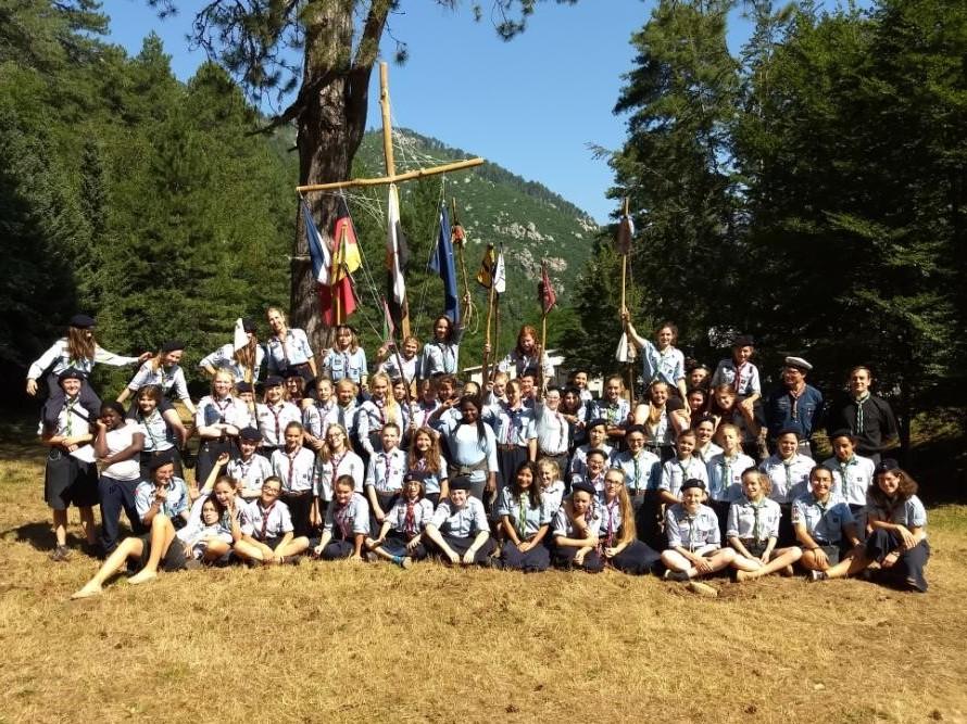 Un camp bilingue